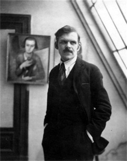 Image - Alexander Archipenko in his Paris studio (1913).