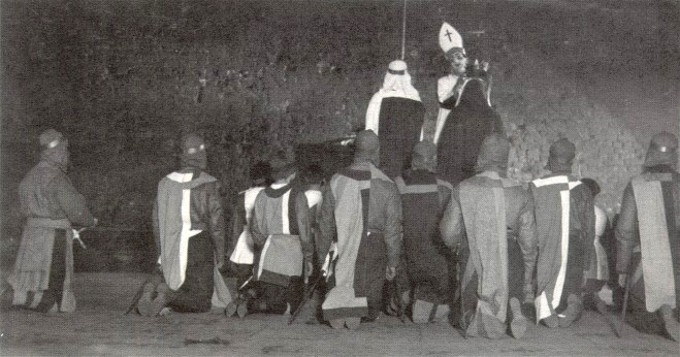 Image - The coronation scene in Les Kurbas production of Macbeth in Berezil (1924).
