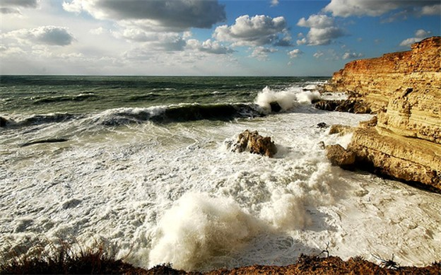 Image - The Black Sea coast near Sevastopil.