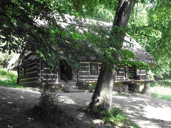 Image - A traditional Boiko dwelling.