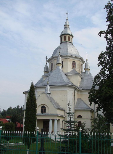 Image -- The Dormition Church in Boryslav, Lviv oblast, designed by Serhii Tymoshenko.