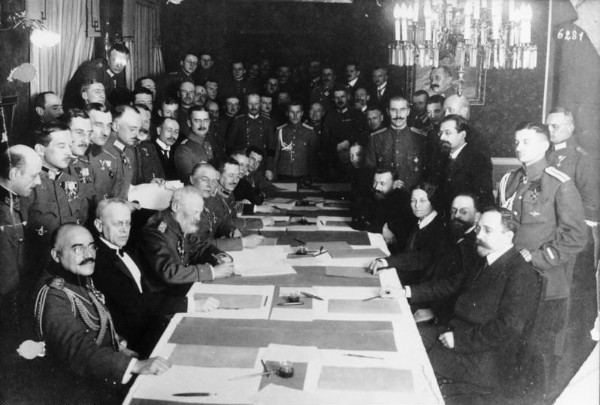 Image - The Brest-Litovsk Peace negotiations (1918).
