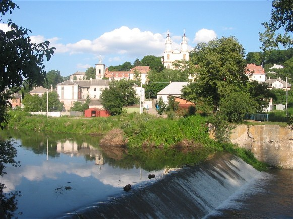 Image - The Strypa River flowing through Buchach.