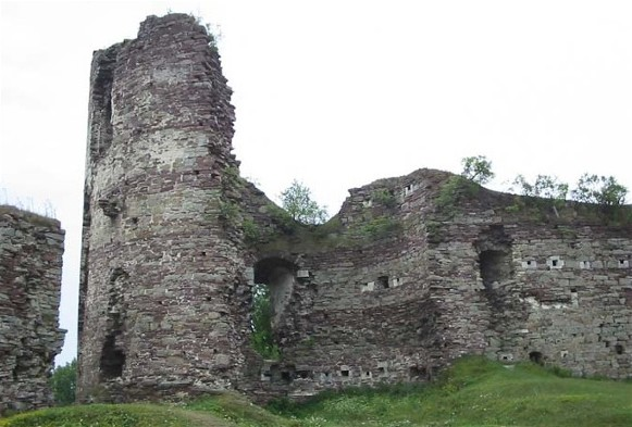Image - Ruins of the Potocki family's castle (14th-16th century) in Buchach.