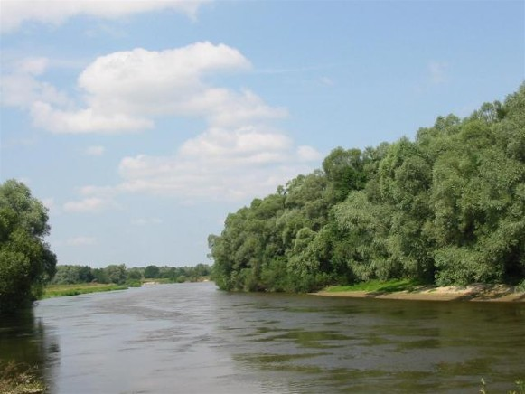Image - The Buh River in Lviv oblast.