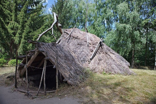 Image - A Cherniakhiv culture dwelling (reconstructed in the Pereiaslav-Khmelnytskyi Museum of Folk Architecture and Folkways).