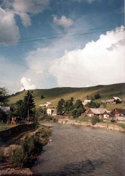 Image -- The Chorna Tysa River at its confluence with the Bila Tysa near Rakhiv.