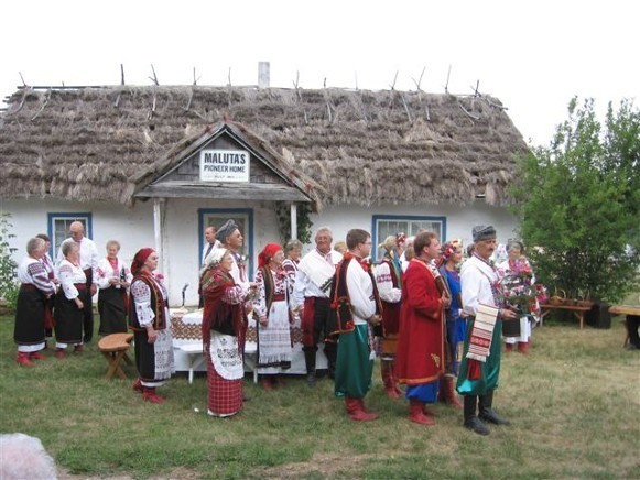Image -- A traditional wedding staged at Canada's National Ukrainian Festival in Dauphin, Manitoba.