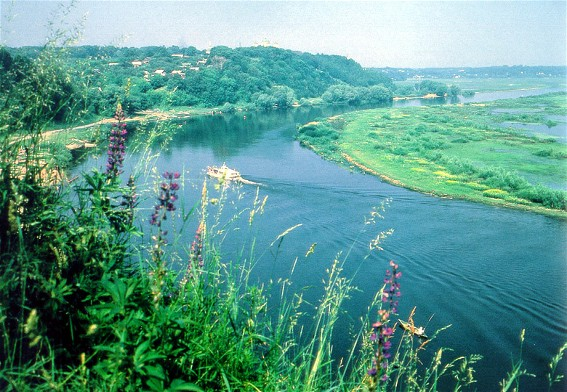 Image - The Desna River near Novhorod-Siversky.