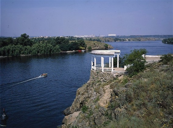 Image - The Dnieper River near the Khortytsia Island.