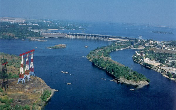 Image -- A dam on the Dnipro River near Zaporizhia.