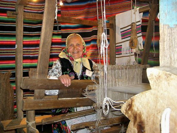 Image - A folk weaving loom.
