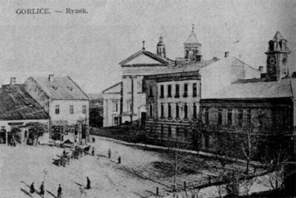 Image - Gorlice: central square (1900s photo).