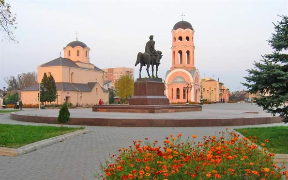 Image -- Halych: central square with the Nativity Church.