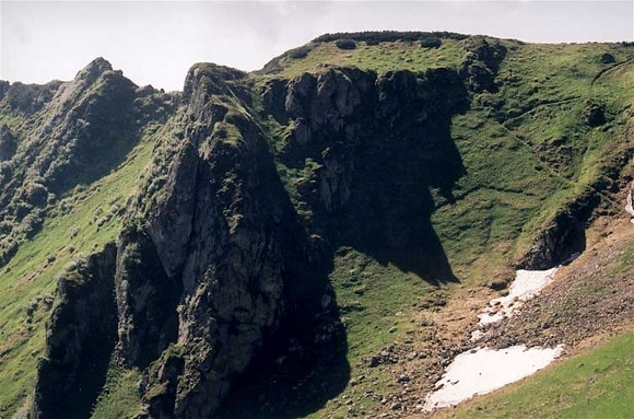 Image - A fragment of the crest of Mount Pip Ivan in the Hutsul Alps (Carpathians).