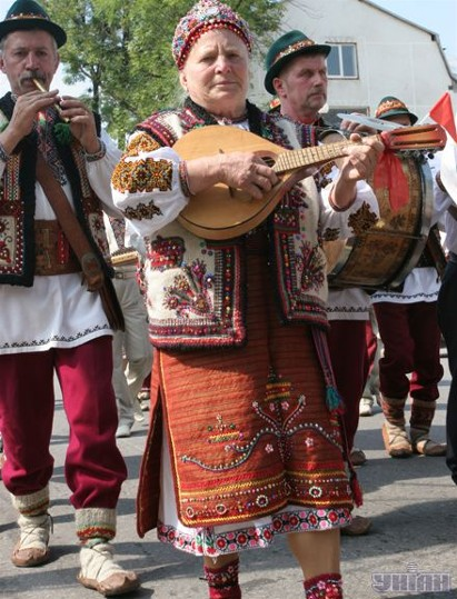 Image - A scene from a contemporary Hutsul festival.