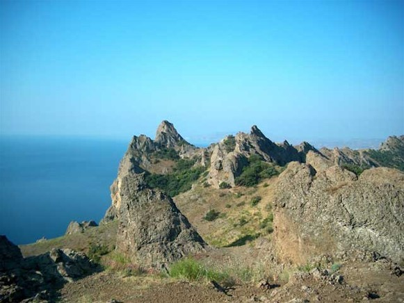 Image - The Kara-Dag ridge in the Crimean Mountains.