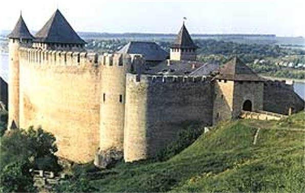 Image -- North tower of the Khotyn castle.