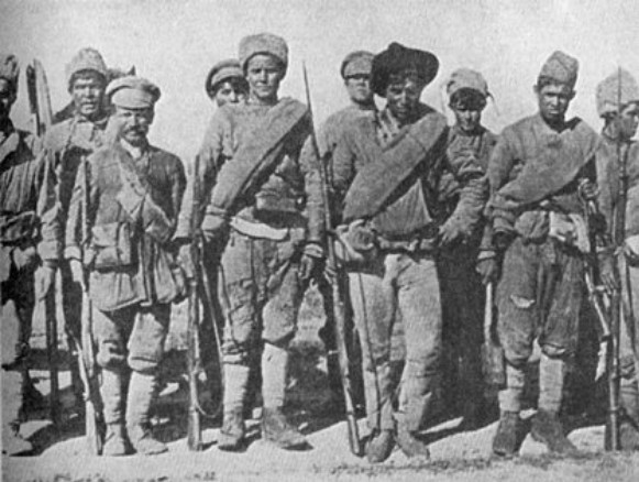 Image - Participants of the Khotyn uprising (1919).