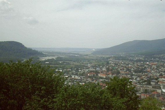 Image -- A panorama of Khust.
