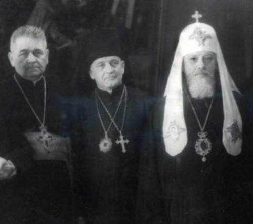Image - Havryil Kostelnyk, A. Plevetsky, and Patriarch Aleksei after the 1946 Lviv sobor.