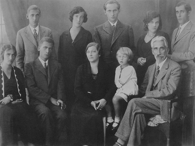 Image - The Krushelnytsky family.