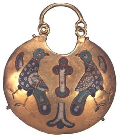 Image - Kyivan Rus' gold pendant (12th-13th century) at the Museum of Historical Treasures of Ukraine in Kyiv.
