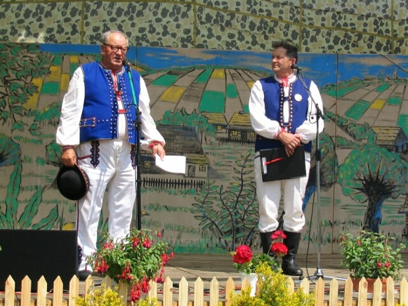 Image - Men in Lemko folk costumes during a folk performance.