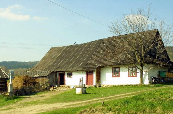A Lemko homestead.