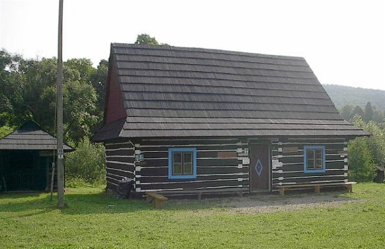 Image - A Lemko house in the Lemko Open-Air Museum in Zyndranova in the Lemko region.