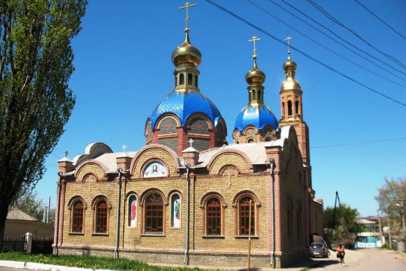 Image - Lutuhyne, Luhansk oblast: Orthodox church.
