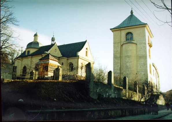 Image -- Lviv: Saint Onuphrius's Church and Monastery complex.