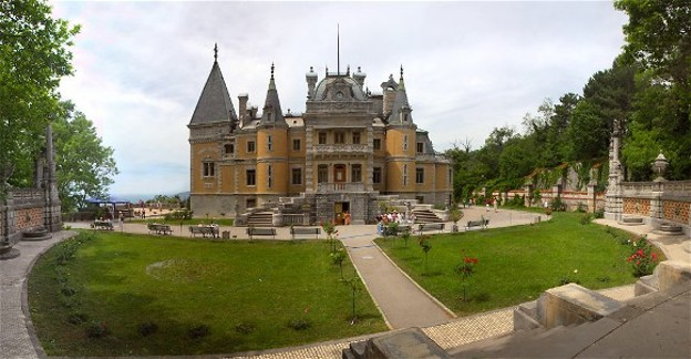 Image - The castle in Masandra in the Crimea.