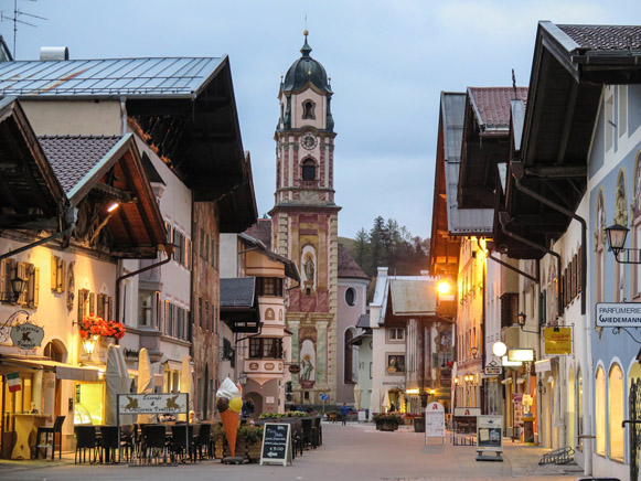Image - Mittenwald, Bavaria, Germany: town center.
