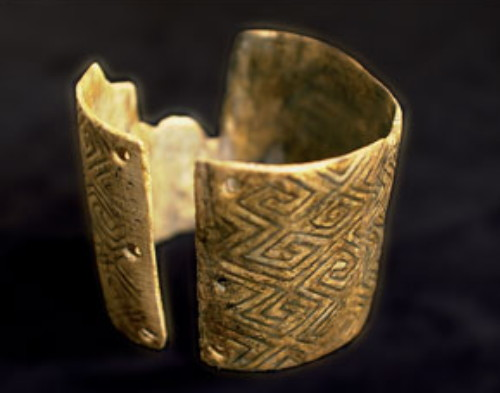 Image - A mammoth-bone bracelet excavated at the Mizyn archeological site.