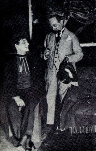 Image -- Les Kurbas and Semen Semdor in the production of G. B. Shaw's Candida in the Molodyi Teatr (1918).