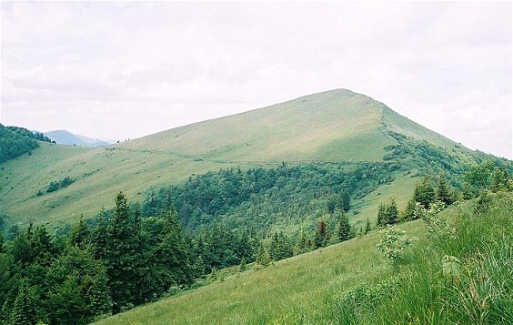 Image - High Beskyd: view of Mount Parashka.