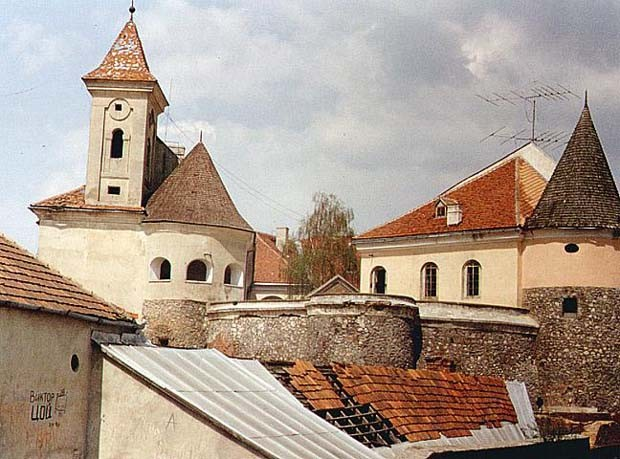 Image - Towers of the Mukachevo castle.