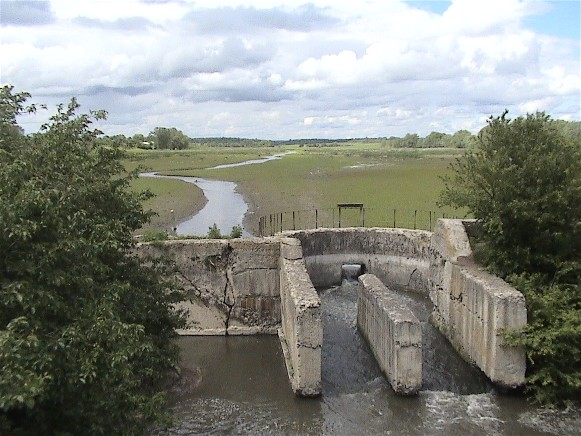 Image - A dam on the Nichlava River near Hadynkivtsi, Ternopil oblast.