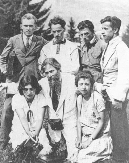 Image - Oleksa Novakivsky with Novakivsky Art School students in the Carpathians. (Standing in the back row: Bobynsky, Hryhorii Smolsky, Mykhailo Moroz, and Stepan Lutsyk.
