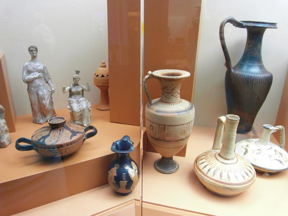 Image - An ancient Greek exhibit at the Odesa Archeological Museum.