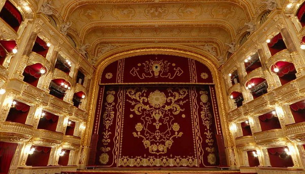Image - The Odesa Opera and Ballet Theater (interior).