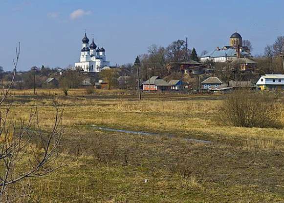 Image - Ovruch: view of the town's main churches.