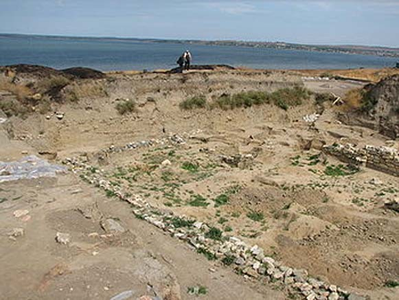 Image -- The ruins of the Bosporan city of Phanagoria (in the Crimea).