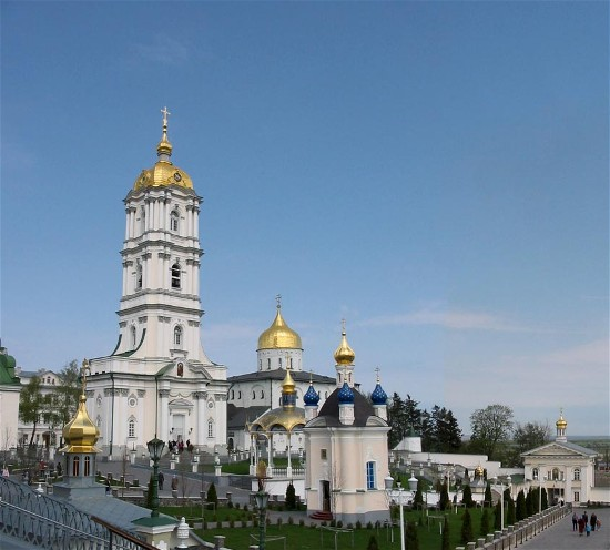 Image - Pochaiv Monastery: view of the bell tower and Trinity Church.