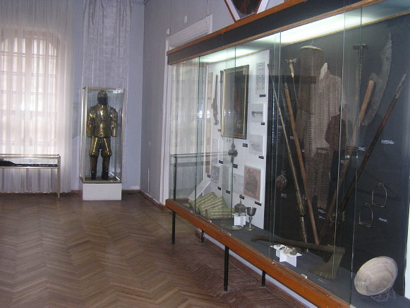Image - Medieval history exhibit at the Poltava Regional Studies Museum.