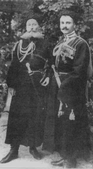 Image - Ivan Poltavets-Ostrianycia (right) as acting otaman of the Free Cossacks.