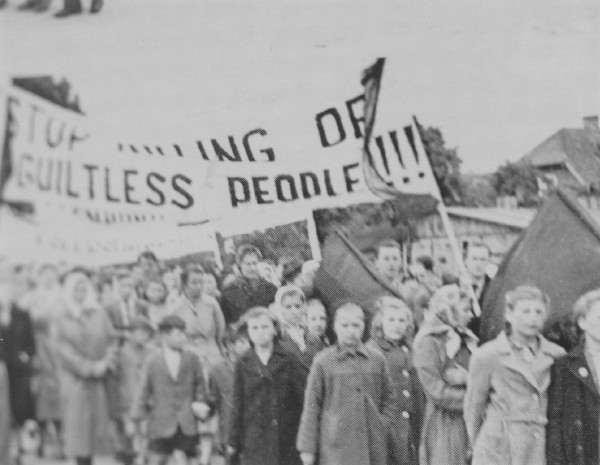 Image - Ukrainians at the Regensburg DP camp protesting Allied repatriation actions (1946).