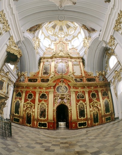 Image - Saint Andrew's Church (Kyiv): Iconostasis.