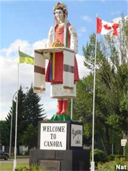 Image - A welcome statue at Canora, Saskatchewan.